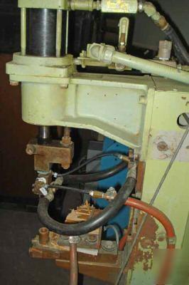 Taylor winfield    spot       welder    30 kva