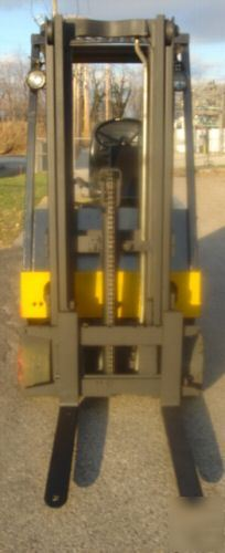 Hyster E50XL-27 36V 5,000LBS.electric lift*no *